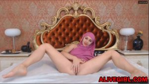 Sexy arabian girl in hijab ArabianMalikah with big natural boobs masturbates